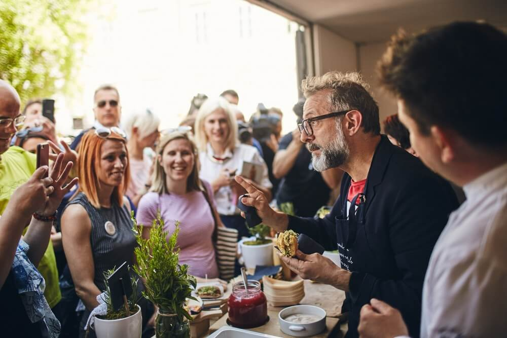 Massimo Bottura cooks for the No Waste Food Week